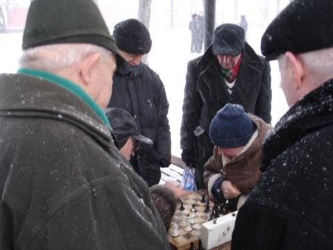 Sjakkspillere i snøvær1