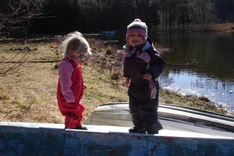Sara og Sofie påpåskegrilltur