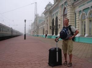 Jeg ved stasjonen i Irkutsk før avreisen til Vladivostok