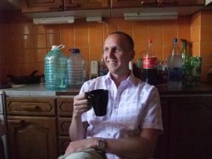 Jeg på kjøkkenet i leiligheten i Kitaj Gorod