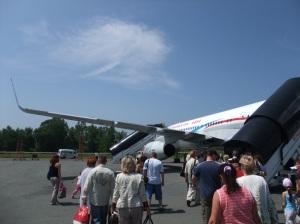 Vi går ombord i flight XF 463 Vladivostok - St. Petersburg, Vladivostok Avia