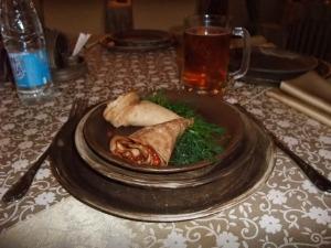 Her er pannekaker med russisk kaviar, hotell Sibir, Tobolsk