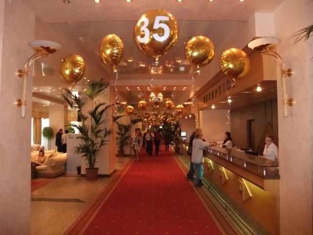 Det var jubileum på hotell Zjemtsjuzjina da jeg kom