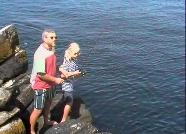 Far og Tonje skal fiske