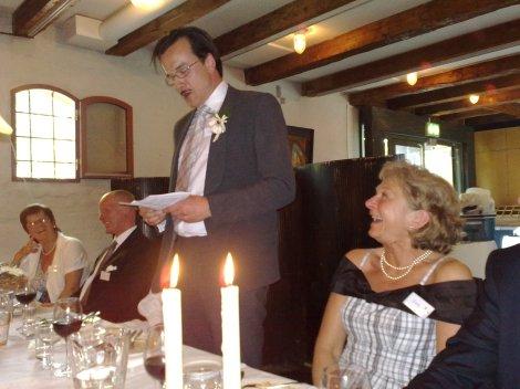 Brudgommens tale under den også ellers ypperlige middagen