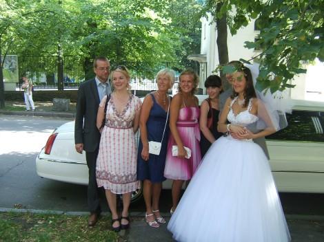 Jeg er svak for dette bildet der brudeparet er effektivt skjult.