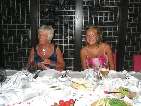 Mor og Tonje, bryllupsmiddag