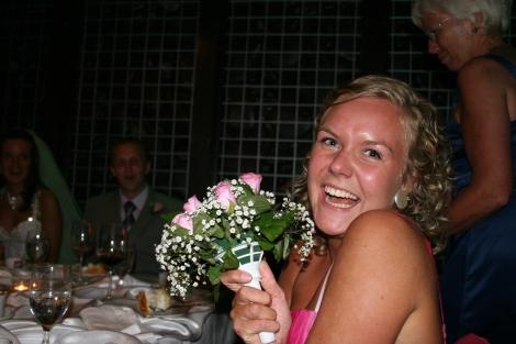 Tonje har sikret seg brudebuketten.