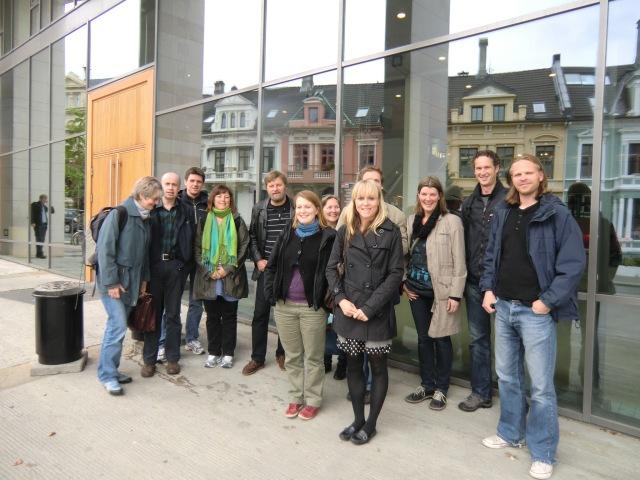 Dette var gruppen som hadde den første eksamen i astronomisk fysikk ved universitetet i Bergen. Jeg har for en gangs skyld klart å holde meg litt skjult.