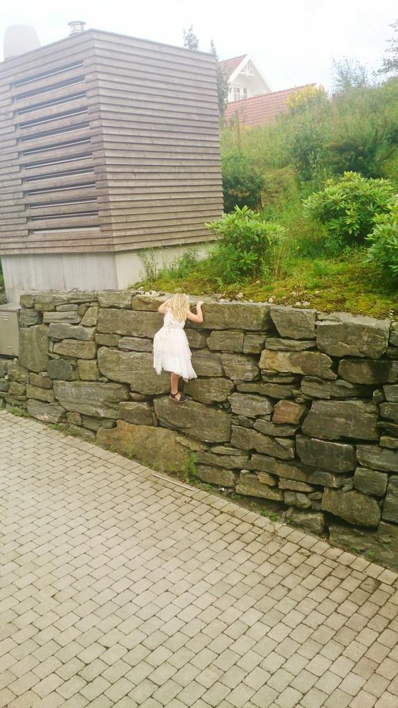 Barn, klatre, mur