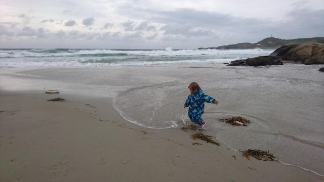 Bølger, Lek, Hellestø, Barn